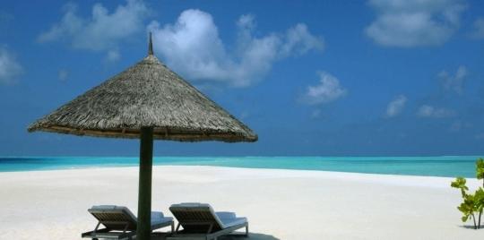 hotel-cocoa-island1