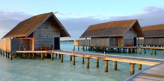 hotel-cocoa-island3